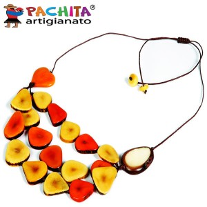 NECKLACE IN TAGUA TCL010